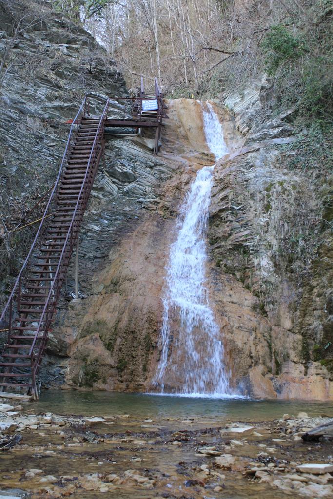Тешебский водопад