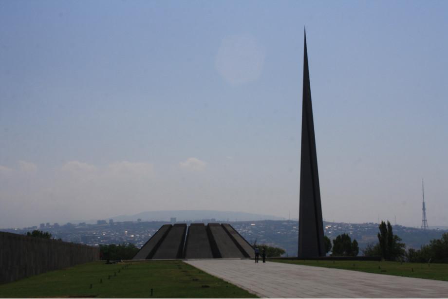Памятник жертвам  геноцида армянского народа