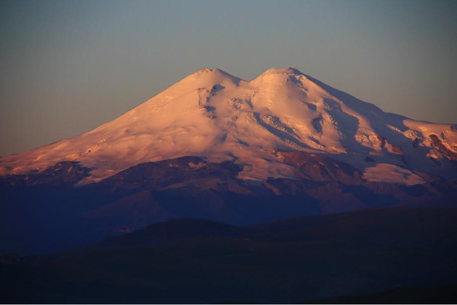 Вид на Эльбрус с обсерватории